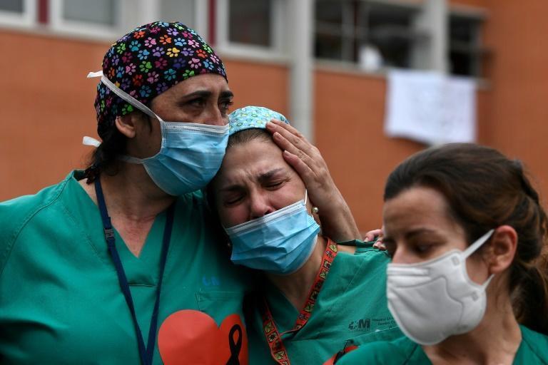 جنگ واقعی در خط مقدم، تجریبات کادر درمان در بیمارستان های دنیا