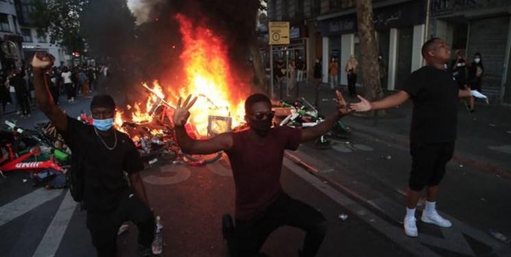 فیلم ، برگزاری تظاهرات علیه خشونت پلیس و نژادپرستی در پاریس