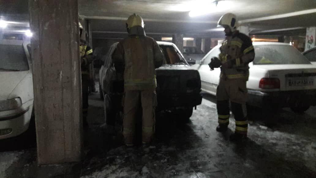خبرنگاران استعمال سیگار موجب حریق خودرو در پمپ بنزین بهارستان اصفهان شد