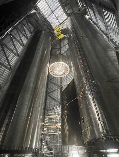 آماده سازی پیشرانه سوپر هوی برای اولین سفر استارشیپ به مدار